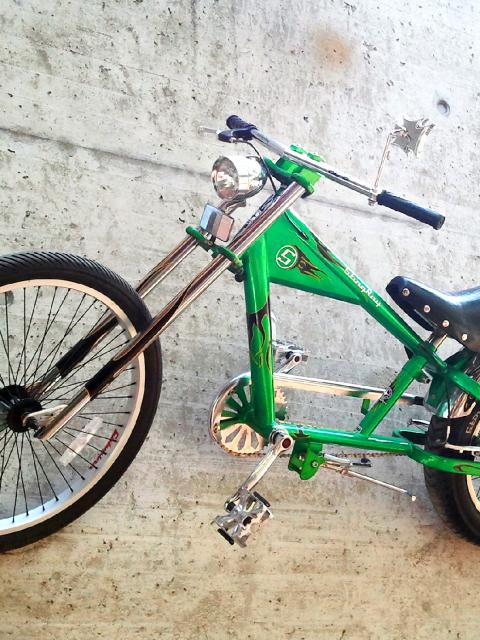 Ultraschweres Junior Custom Bike im Stil eines schweren Motorrades,